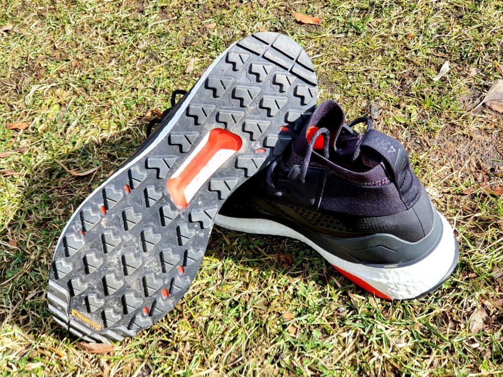 Rutschfeste Continental-Sohle der adidas Terrex Free Hiker GTX Schuhe