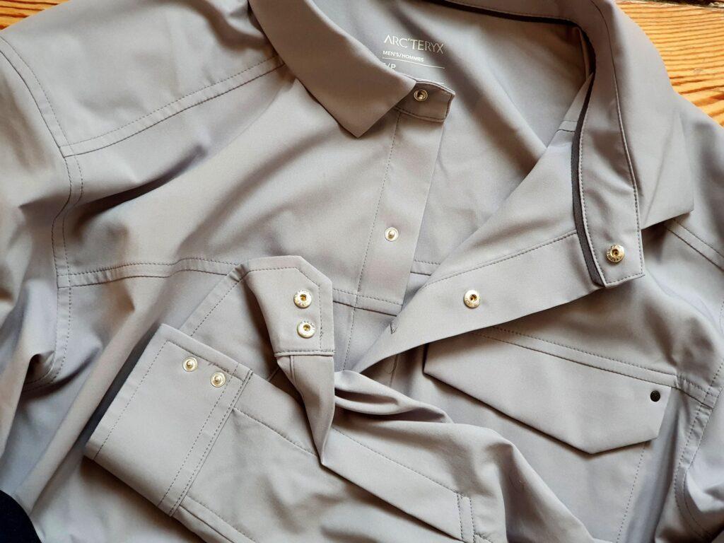 Arcteryx Skyline Shirt Druckknöpfe an der Leiste und den Manschetten
