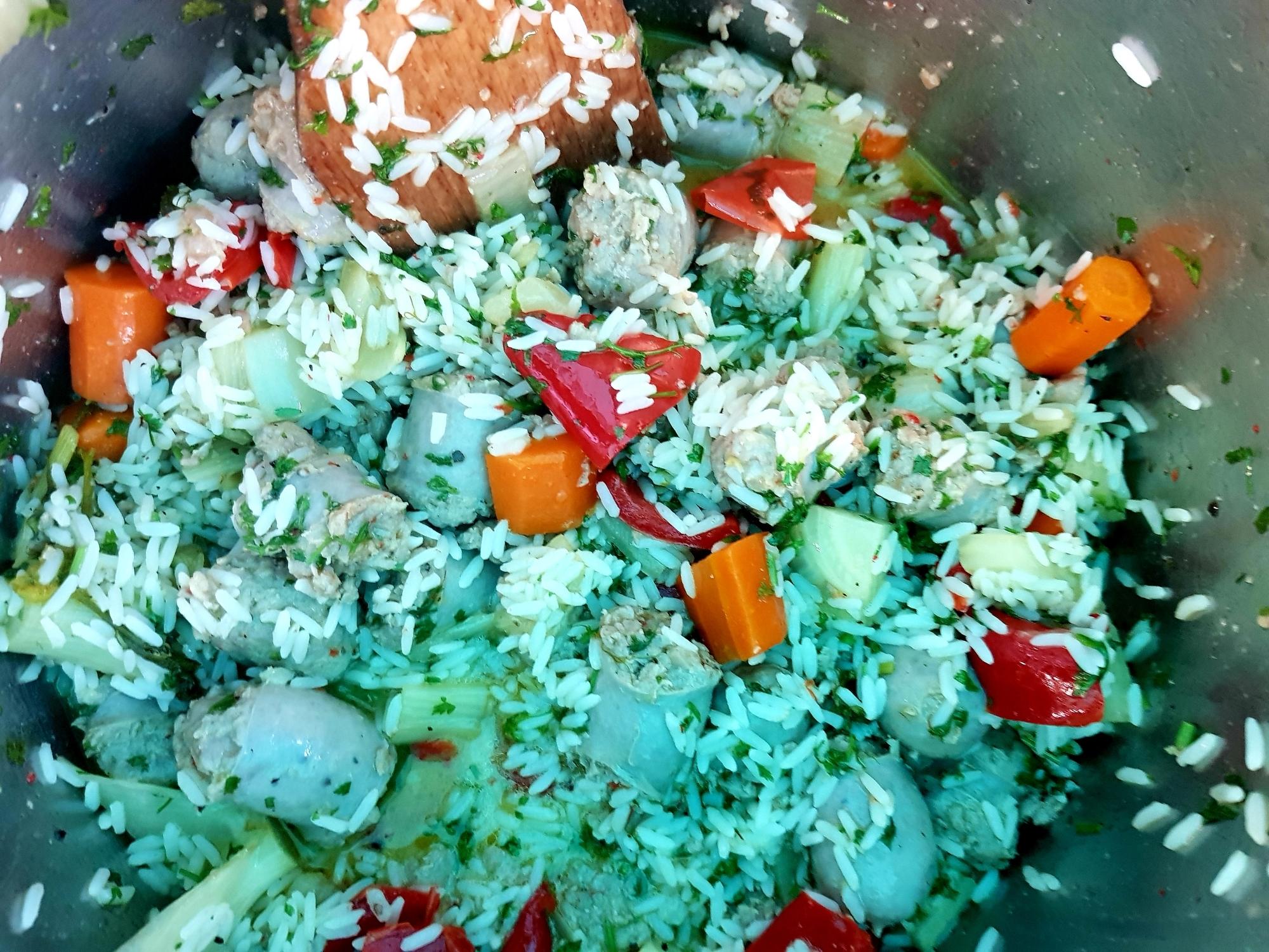 Bratwurst-Gemüse-Reis