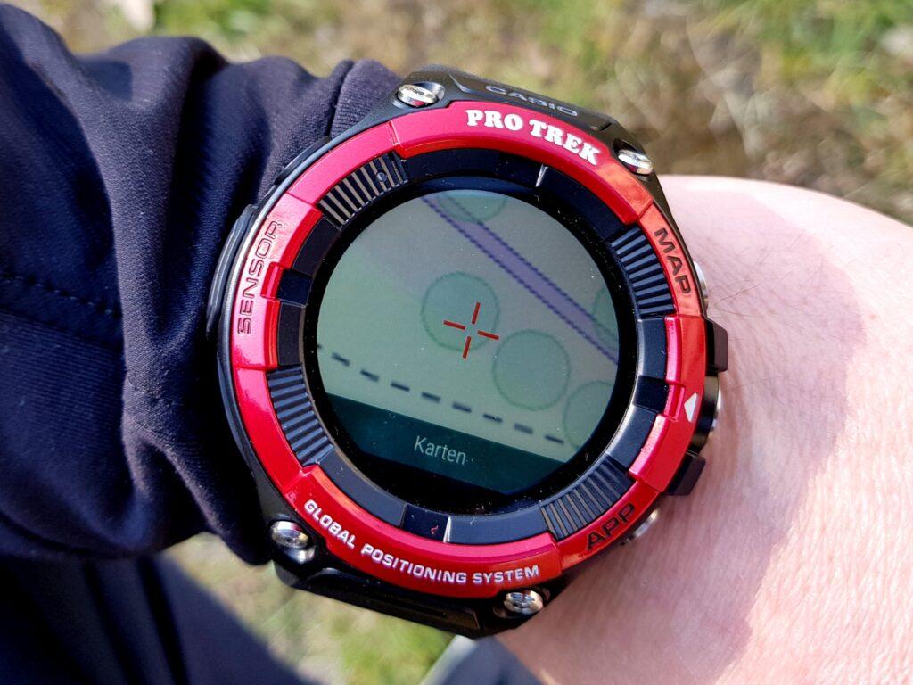 Casio Pro Trek WSD-F21HR Smartwatch mit ViewRanger-Kartenansicht