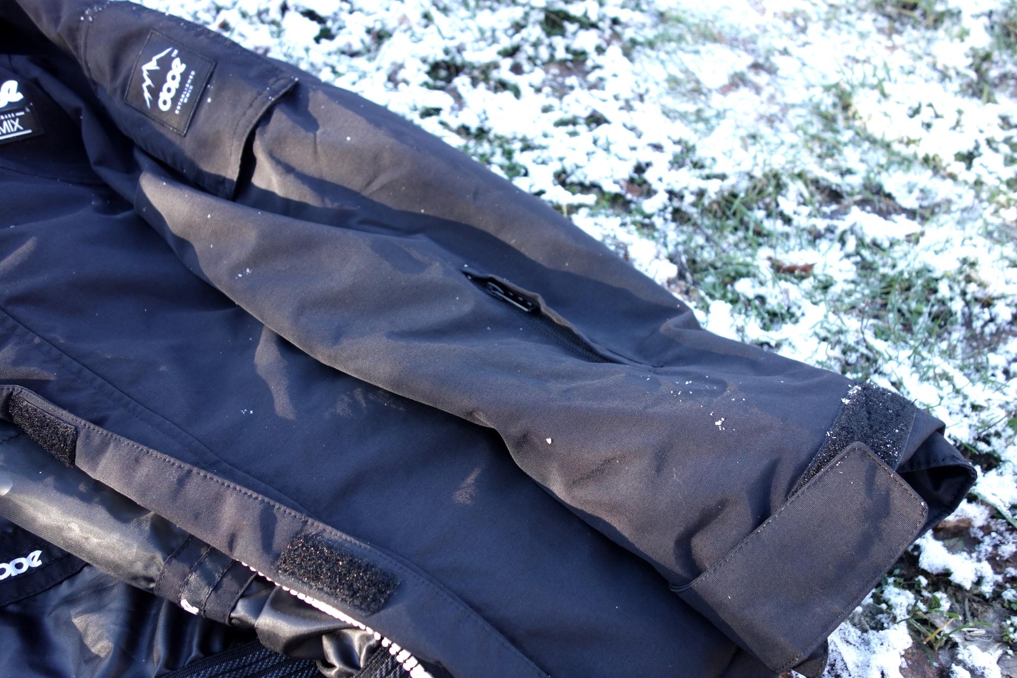 Ärmel mit Lifttasche der Dope Adept Snowboardjacke