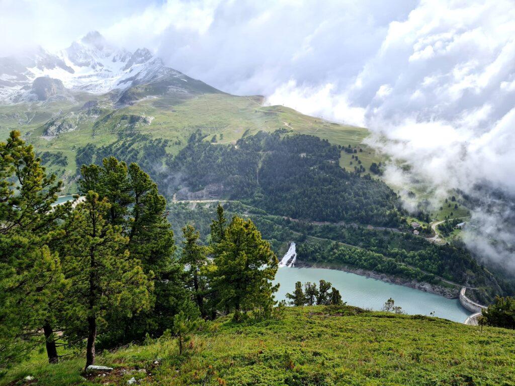 Grande Traversée des Alpes Teil 5: Aval-See mit Staumauer, Dent Parrachée