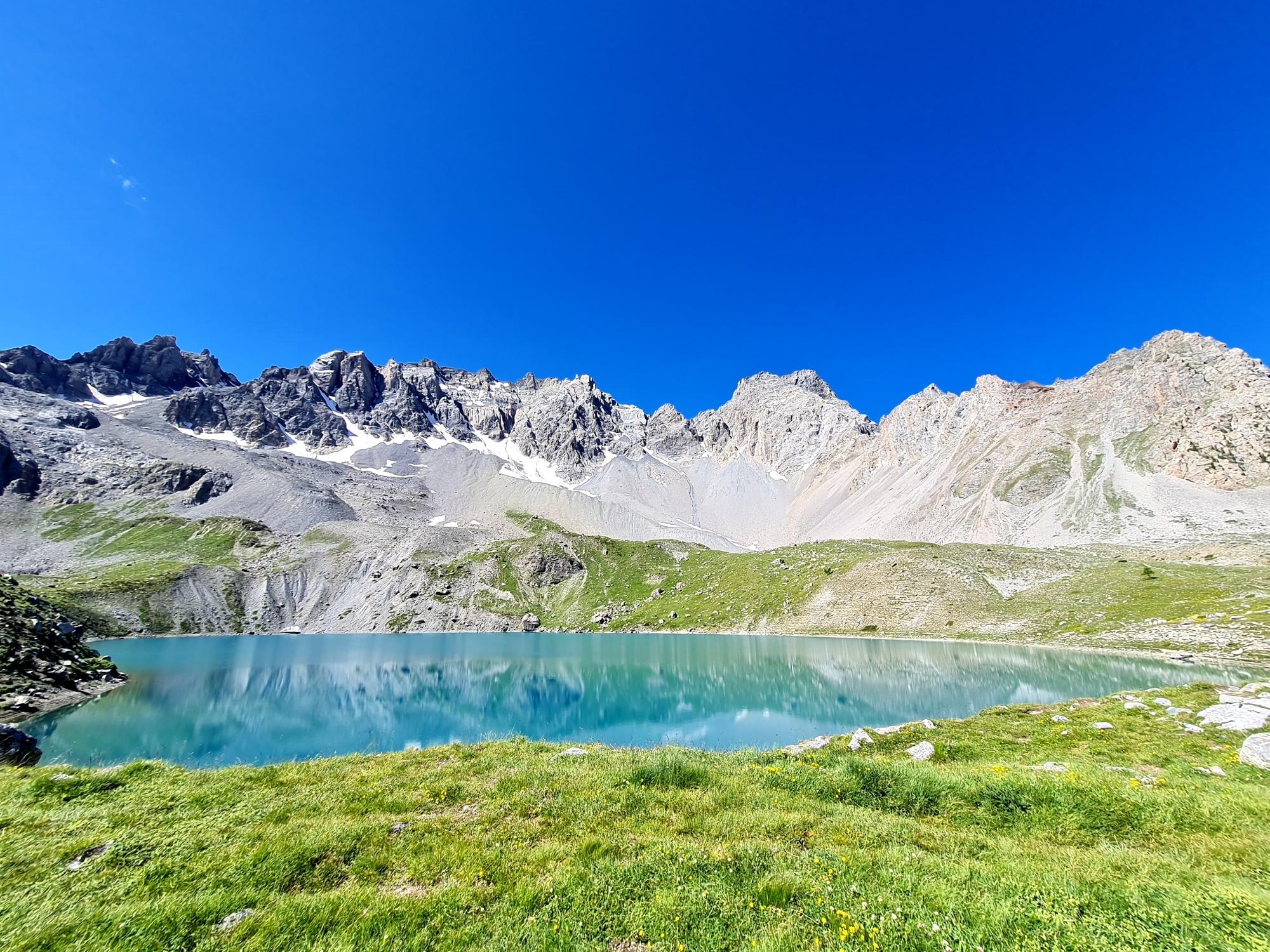 Grande Traversée des Alpes Teil 7: Lac Ste Anne mit Pics de la Font Sancte