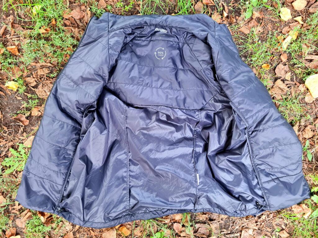 Isolierte und nichtisolierte Zonen der Bergans Floyen Light Insulated Jacket