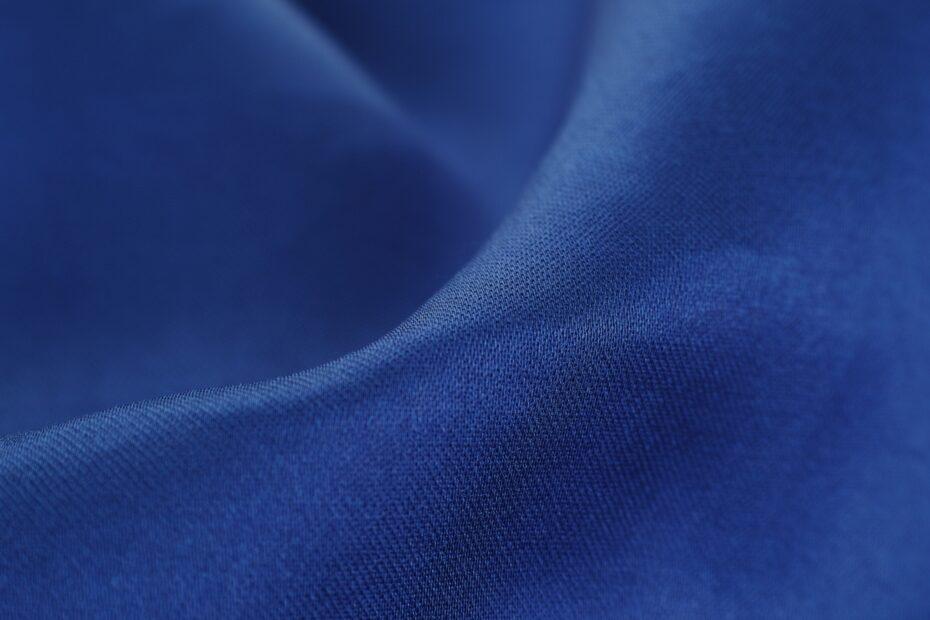 Mischgewebe bestehen aus Kunstfaser und Naturfaser