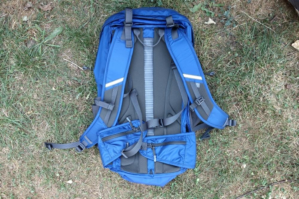 Rückseite Mountain Hardwear Rainshadow 36 Outdry Rucksack