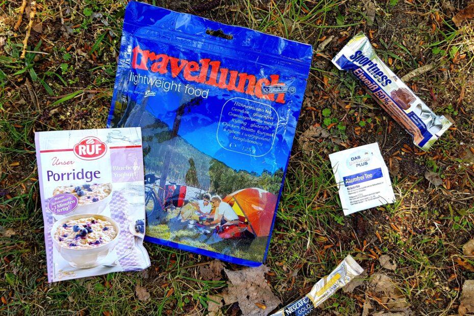 Das Quintett zur Outdoor Selbstverpflegung: Trekkingnahrung süß und herzhaft, Energieriegel, Kaffee und Tee