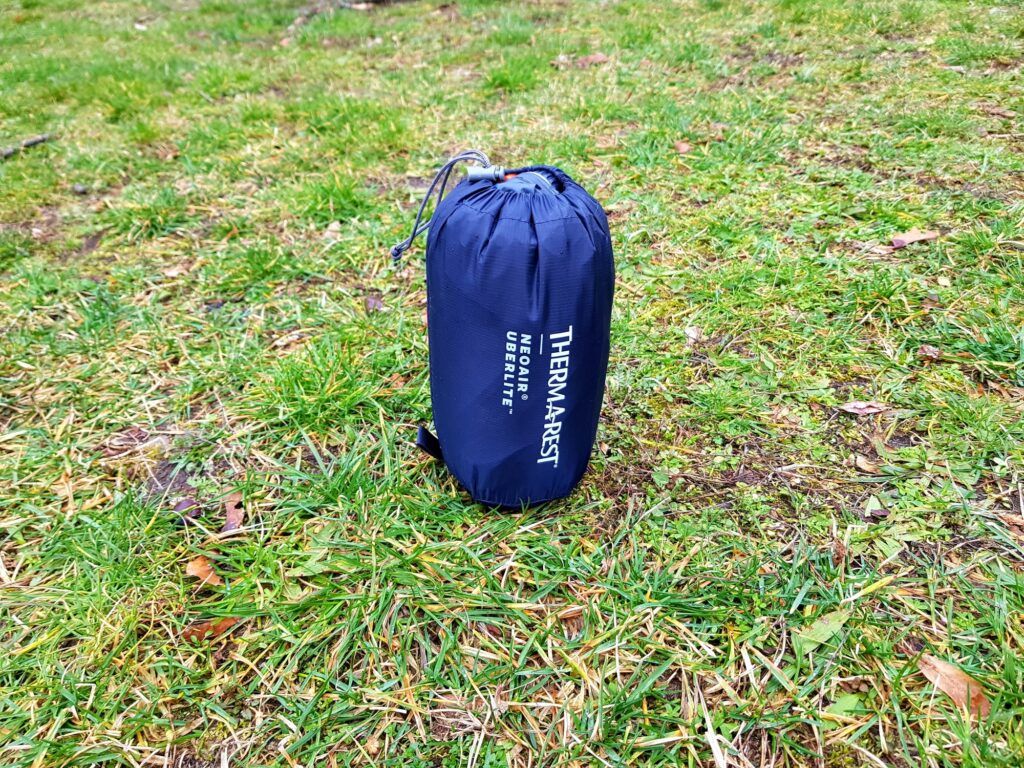 Therm-a-Rest NeoAir Uberlite Isomatte im Packsack