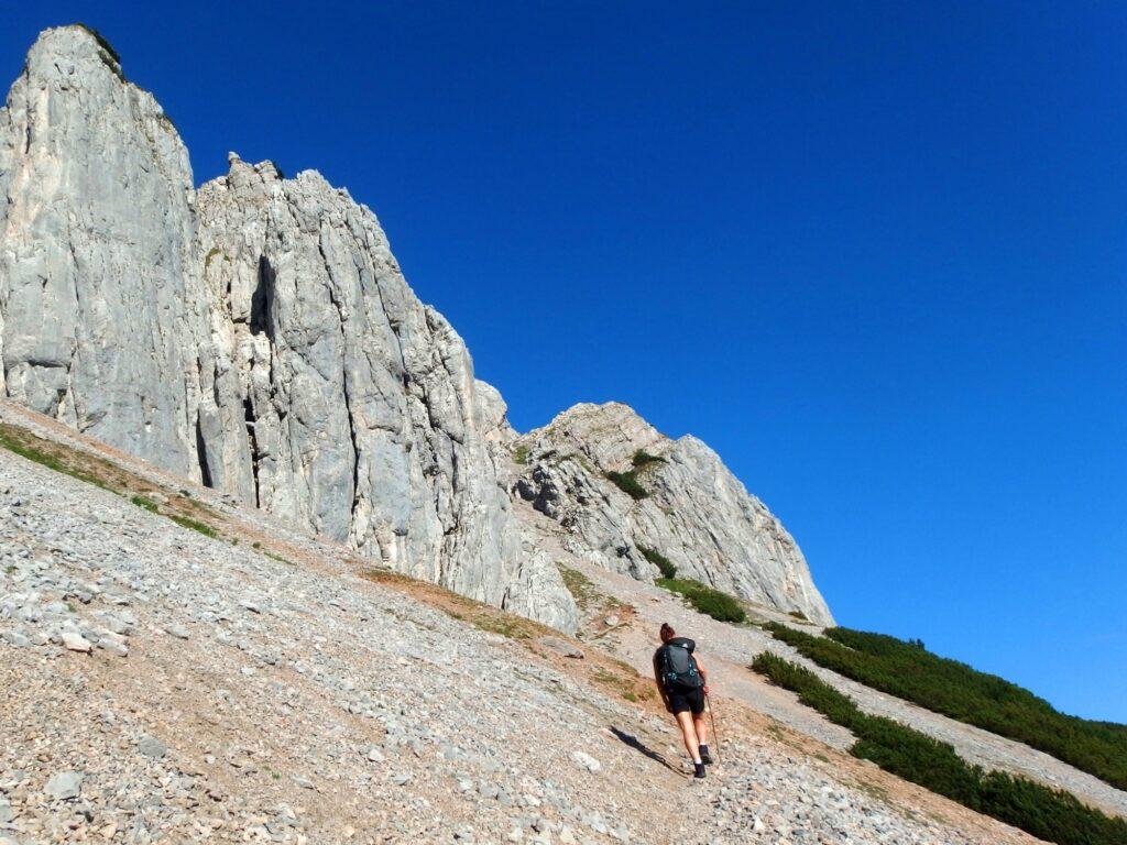 Beim Ultraleicht-Trekking bist du mit möglichst wenigen und leichten Sachen unterwegs